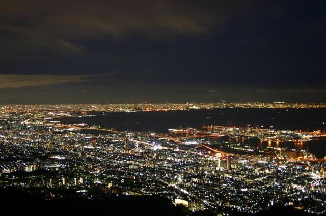 神戸ルミナリエとは
